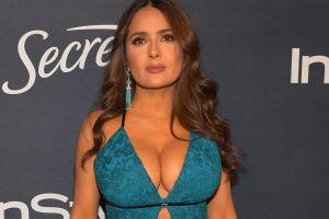 Salma Hayek admite que sus senos antes eran más pequeños y que al día de hoy le siguen creciendo