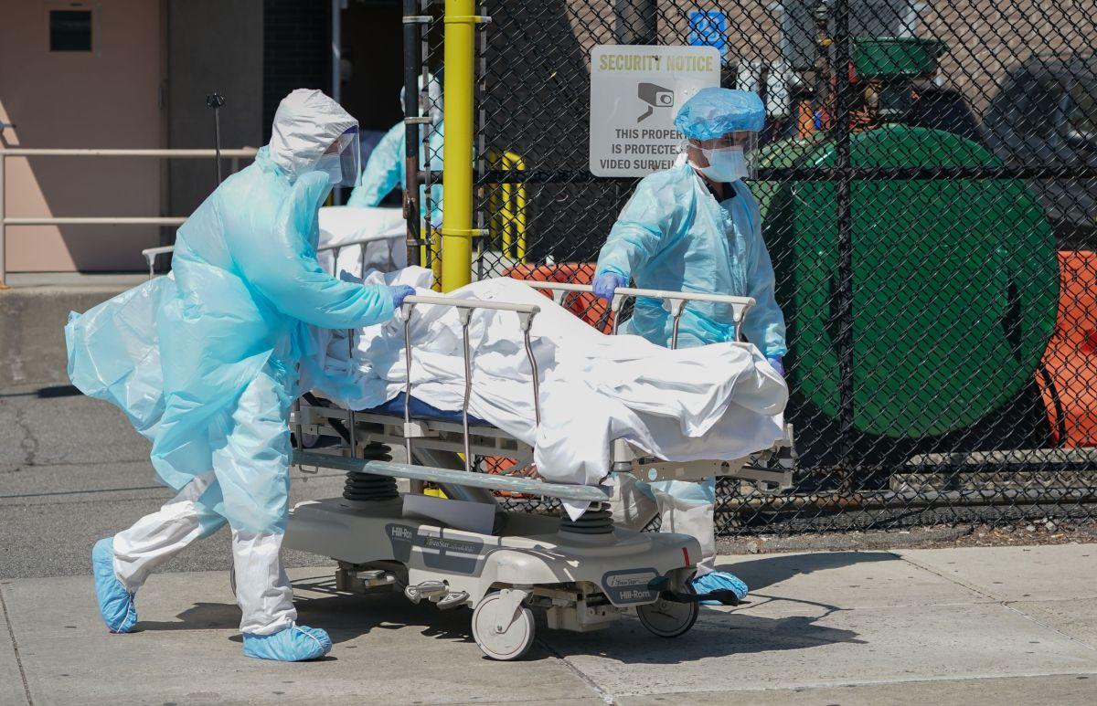 Nueva York registra menos de 100 muertos por COVID-19 por primera vez desde diciembre