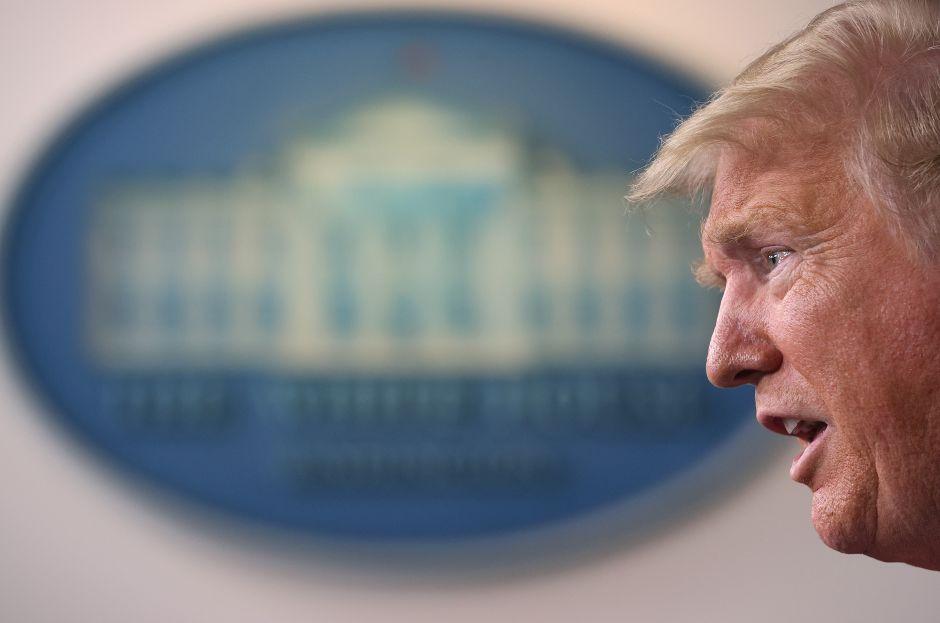 Coronavirus obliga a Trump a declarar a los 50 estados en desastre por primera vez en la historia