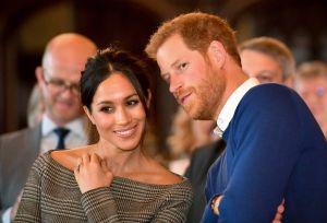 Sale a la luz un lío que tuvo Meghan Markle con la monarquía británica por un collar
