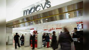Macy's pagó $9 millones de dólares a altos ejecutivos después de despedir a 3,900 empleados