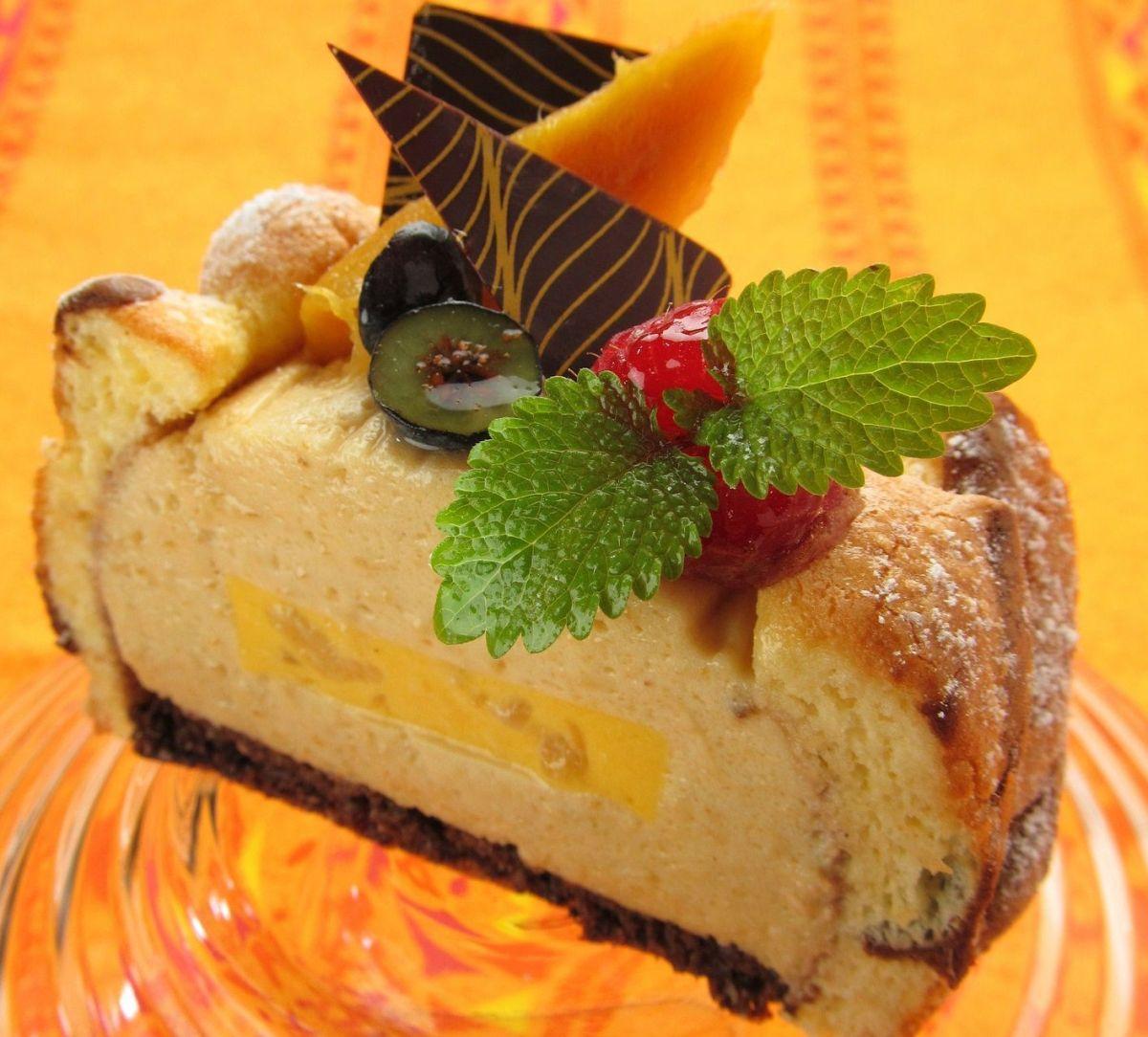 Rico y liviano: Receta de pastel tropical de mango y plátano sin harina