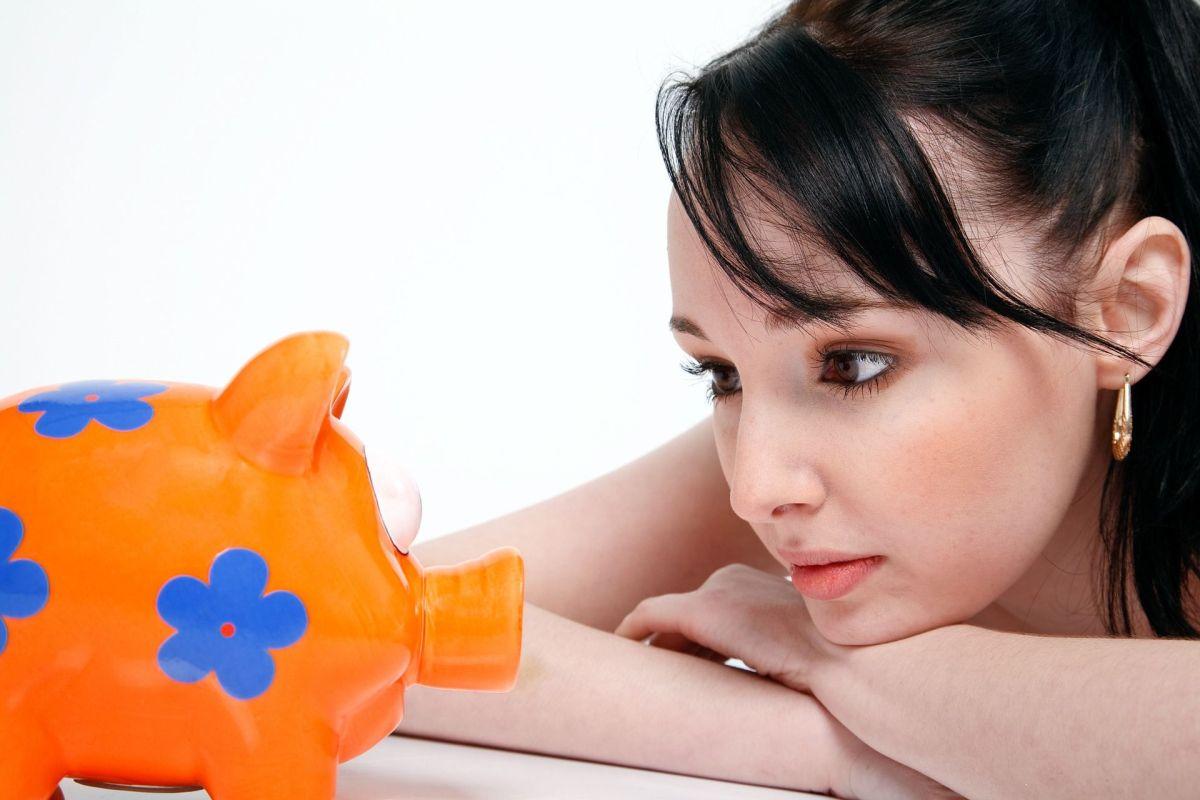 Sin ayudas ni cheque la misión es estabilizar las finanzas