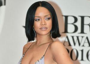 Rihanna hace historia al portar un Durag, prenda símbolo de esclavitud, en portada de Vogue
