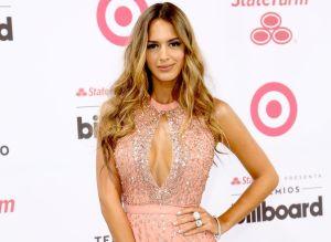 Shannon De Lima se broncea en el balcón y se pone fashionista con lentes de sol Victoria Beckham