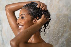 No Poo: ¿Podemos lavar el cabello sin champú?
