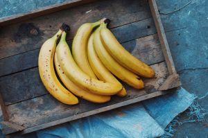 7 usos creativos para aprovechar la cáscara de plátano que estás a punto de tirar