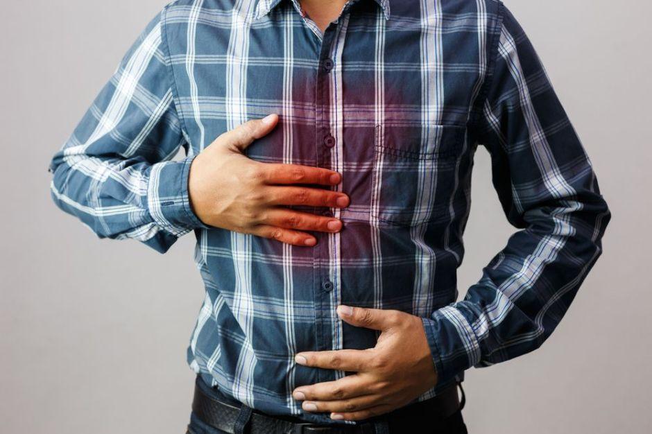 4 ingredientes naturales que ayudan a calmar el ardor del estómago