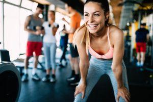 Mantente en forma aún en cuarentena: 4 gimnasios que te ofrecen rutinas de entrenamiento vía streaming