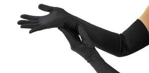 4 guantes de seda que le darán un toque más elegante a tu atuendo de quinceaños