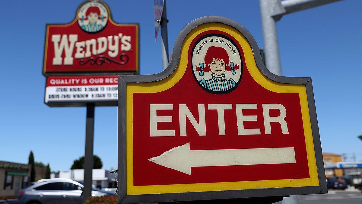 Wendy's dará GRATIS croissants de pollo con tocino y maple toda esta semana