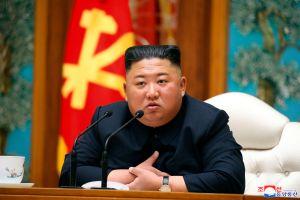 Aseguran que Kim Jong Un apareció en una fábrica de Corea del Norte
