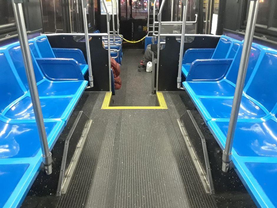Sólo 5% piensa trabajar desde casa, pero 44% no planea usar transporte público cuando termine la cuarentena en Nueva York