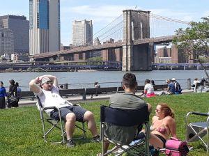 Demanda logra que autoricen reuniones sociales de hasta 10 personas en Nueva York