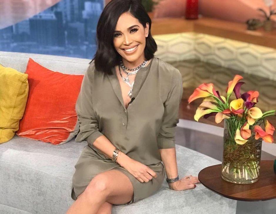 Los lentes que Karla Martinez, la famosa presentadora de Despierta América, le compró a sus hijas