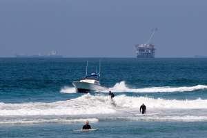 "Matan a batazos a reconocido ""surfista"" en playa de Puerto Rico"