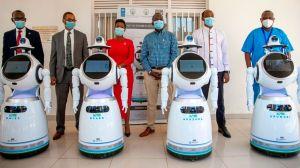 Ruanda despliega androides para luchar contra el coronavirus