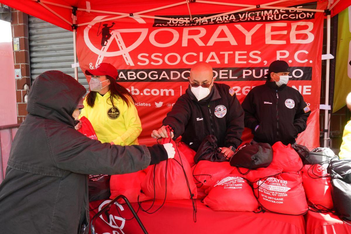 Gorayeb &  Associates realiza nueva entrega de  bolsas de alimentos