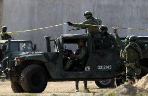 FOTOS: Familia Michoacana así dejó a 12 del CJNG; desnudos, torturados y con tiro de gracia