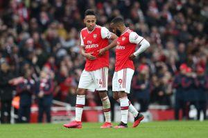 Polémica en Inglaterra: Se filtra la nueva playera del Arsenal y luce muy sangrienta