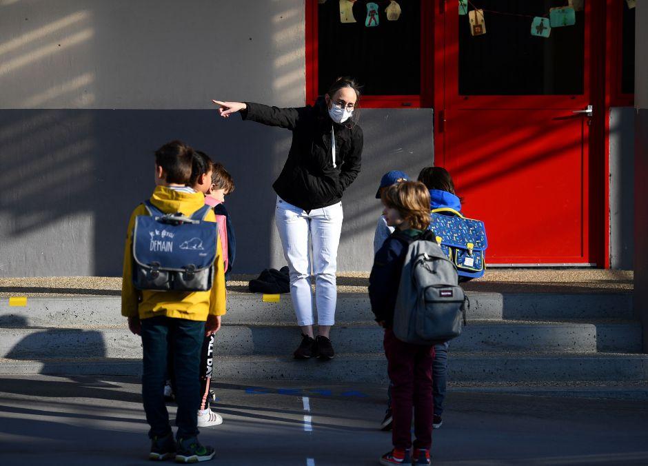 Lo que los padres deben saber sobre la misteriosa enfermedad que apareció en los niños, según los médicos