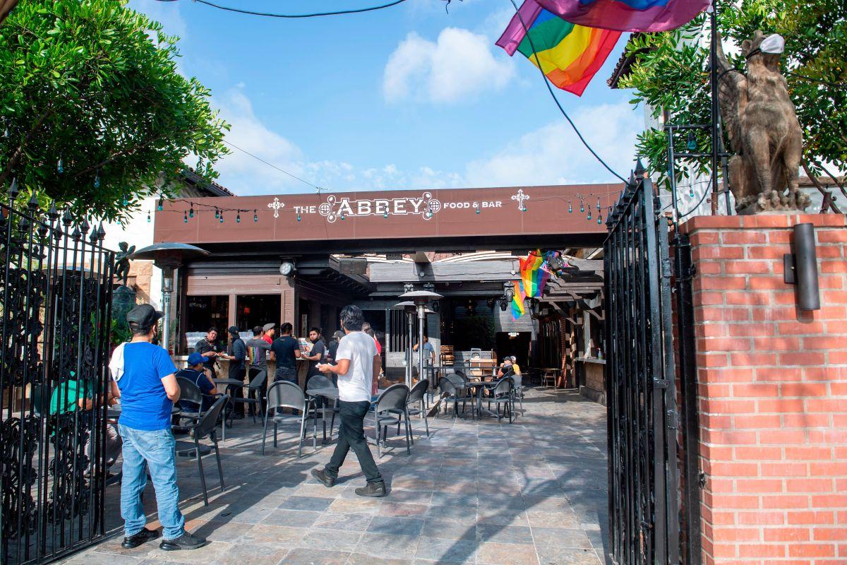 Las zonas de los bares de los restaurantes permanecerán cerradas.