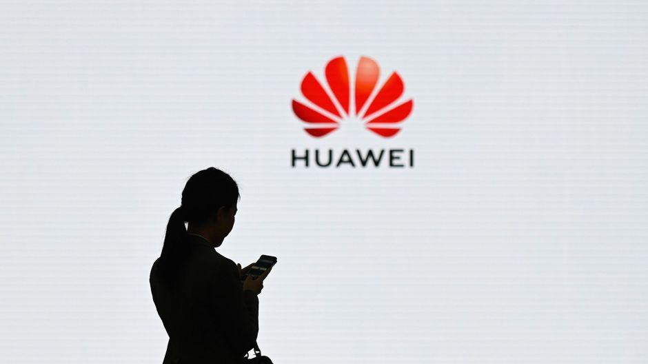 Estados Unidos extendió el bloqueo a Huawei por un año más