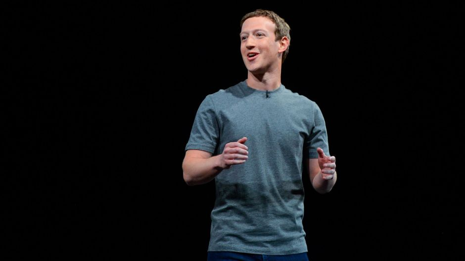 La mitad de empleados de Facebook trabajará desde casa en 10 años