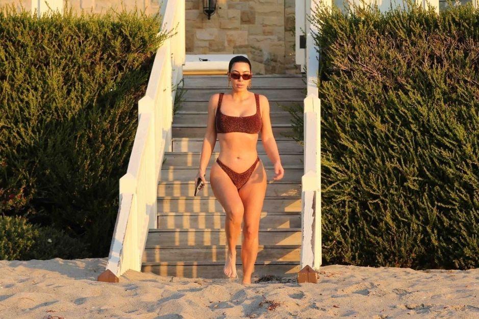 Con una tanga en que se pierde entre sus piernas, la Kim Kardashian mexicana, Joselyn Cano, incendia Instagram