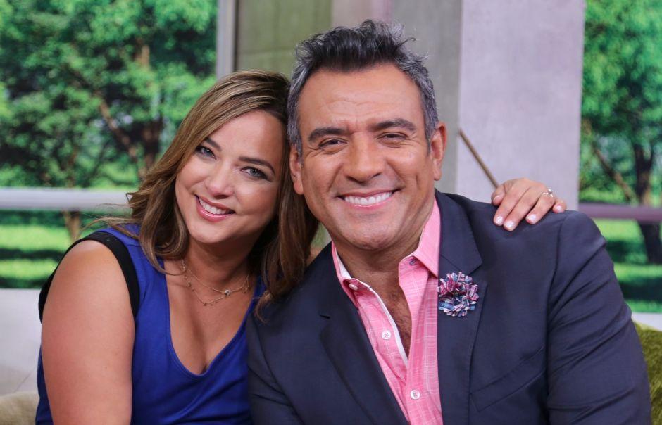Héctor Sandarti empieza una nueva aventura, pero el público de Telemundo pide que vuelva