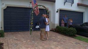 """Organizan una boda """"drive-thru"""" en el sur de la Florida debido al coronavirus"""