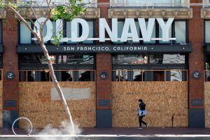 California anuncia modificaciones a la orden de cuarentena apuntando hacia la normalidad