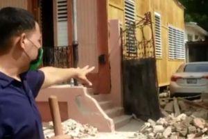 Pared colapsada por sismo 5.4 en Puerto Rico impide sacar a anciana encamada de vivienda en Ponce