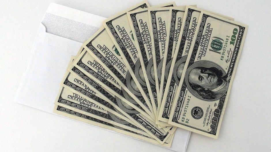Republicanos en el Congreso se resisten a negociar segundo cheque de estímulo de $2,000 por coronavirus