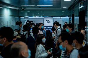 Uso de mascarillas podría ralentizar la propagación del coronavirus como lo ha hecho en Hong Kong