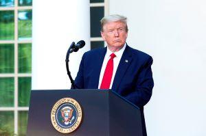 """Trump critica a quienes """"culpan a todos menos a China"""" de la pandemia"""