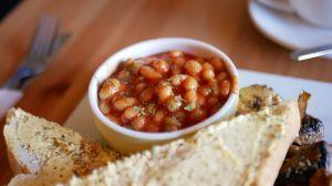 ¿Son tan saludables los frijoles en lata como los frijoles caseros?