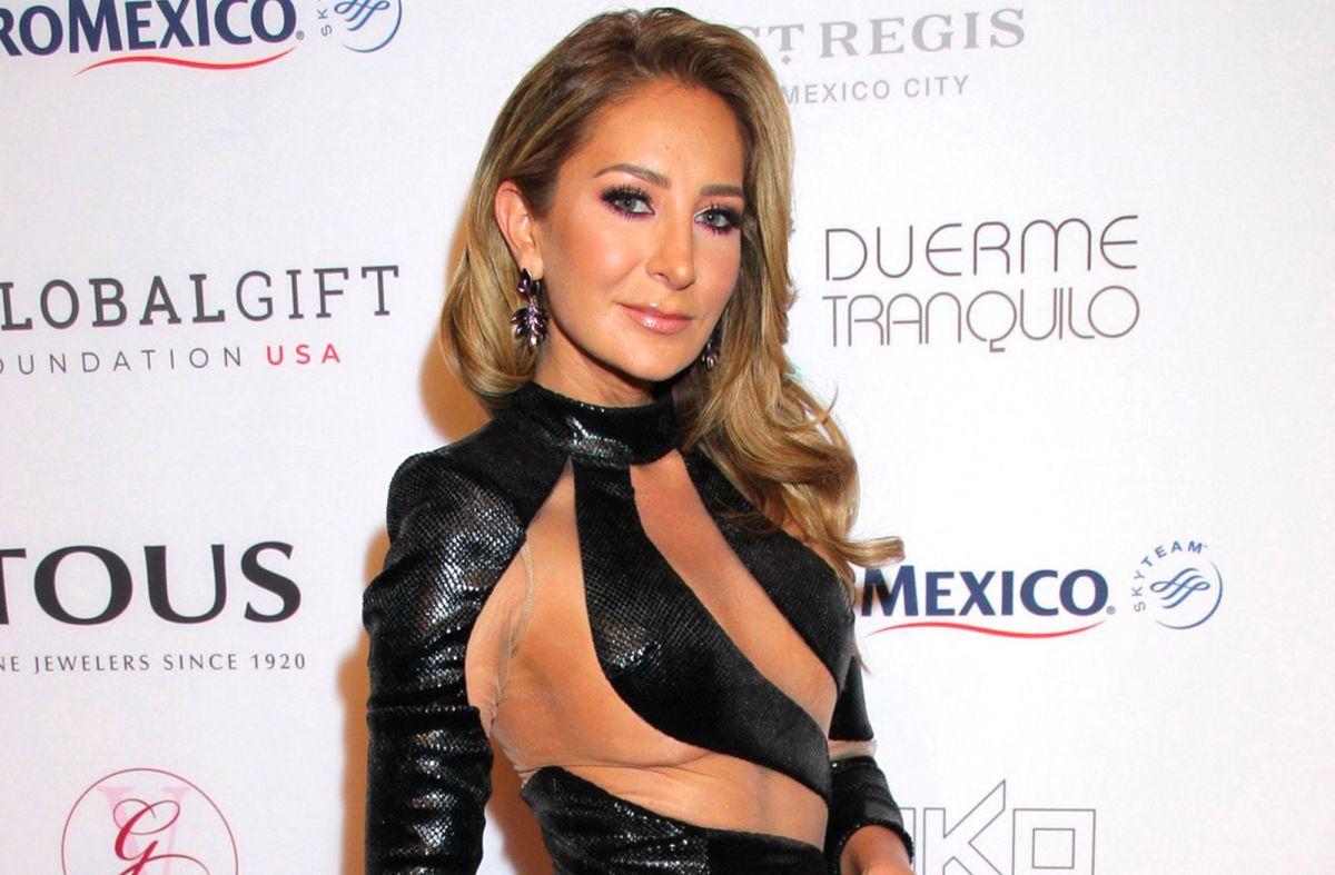 Geraldine Bazán devora libros en bikini y las fotos causan revuelo