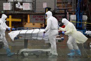 Coronavirus ha dejado en Estados Unidos casi 300,000 muertes más de lo esperado en un año normal