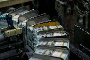 La recuperación económica de EEUU podría demorarse más de un año y medio, según la Fed