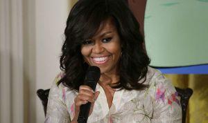 Michelle Obama ofrece hermosas palabras a Marian Robinson, su mamá con un tierno video