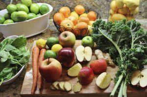 Conoce las frutas y verduras que es mejor consumir con cáscara