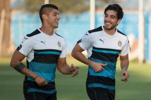 """Se """"rompió"""" la amistad: Rodolfo Pizarro le dio un baile a Alan Pulido en partido de FIFA 20"""
