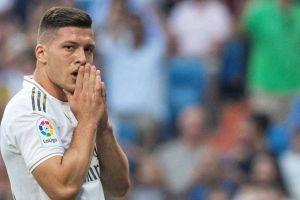 Ni en su casa estuvo a salvo: Luka Jovic del Real Madrid se fracturó durante la cuarentena
