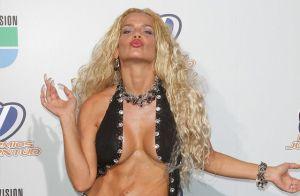 En panties y sin brasier, así se ejercita Niurka en la antesala de los 53 años