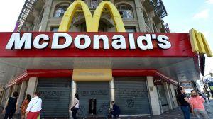 McDonald's te da GRATIS muffins, rollos de canela y buñuelos por una semana