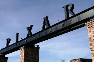 """Disney Pixar lanza """"Out"""", su primer cortometraje con protagonista gay"""