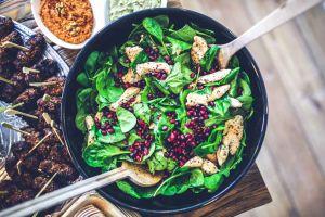 ¡Súbele a los verdes! Conoce los 7 beneficios de comer ensalada a diario
