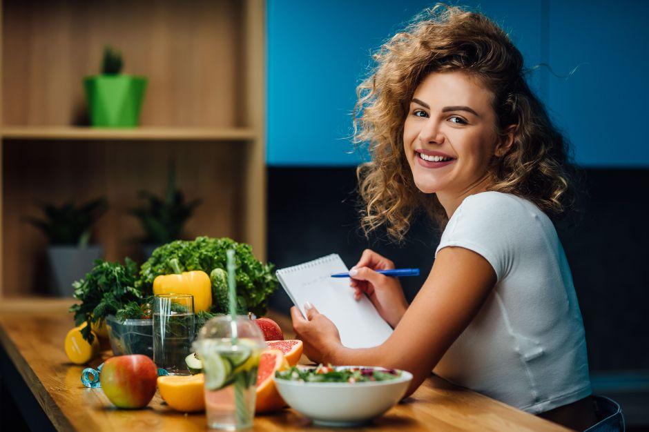 Dieta de los días alternos: pierde peso disfrutando de las reuniones sociales