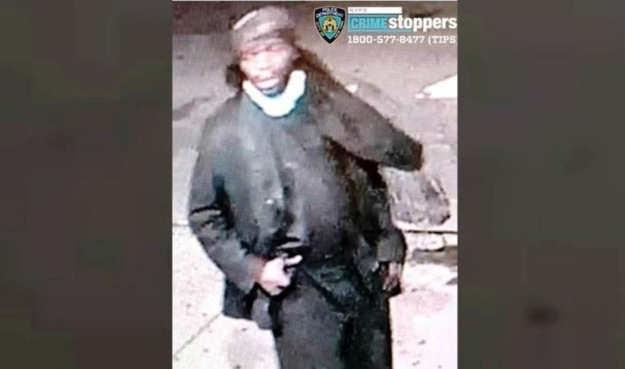 NYPD revela video de brutal ataque que dejó a anciana en coma en Harlem; agresor huyó en Citi Bike